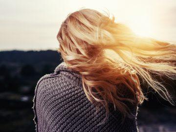 Jak odpowiednio zadbać o włosy